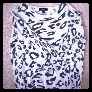 Black and gray cheetah tunic
